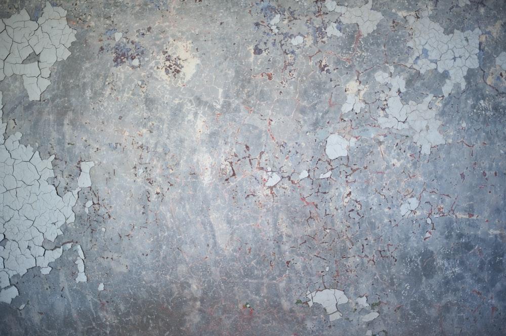 gray and white concrete floor