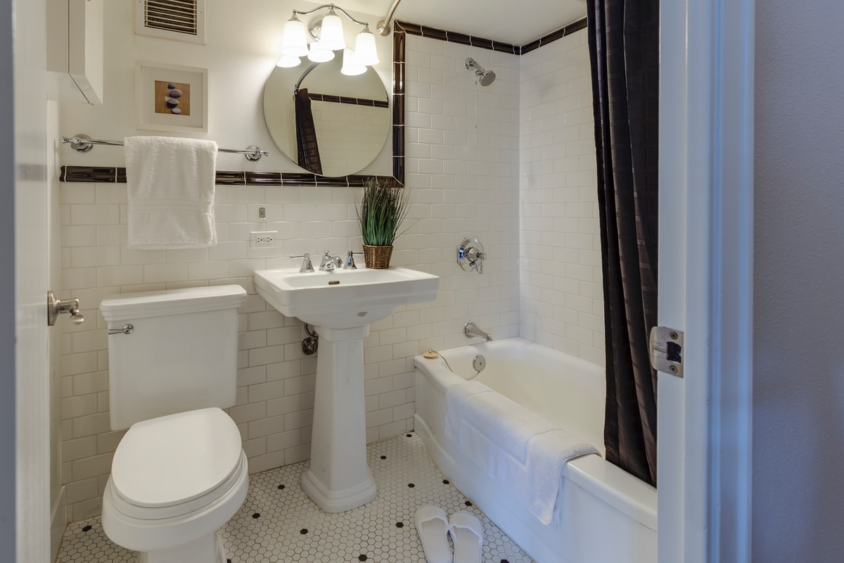 shower replacement in Coon Rapids, by Minnesota