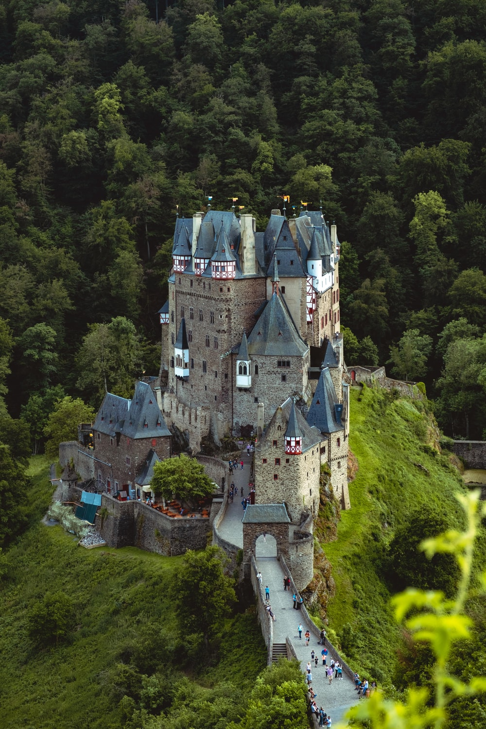 beige and blue painted castle scenery