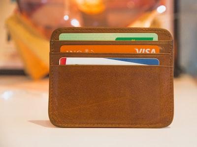 Dicono che fare nuovo debito sia la soluzione, ma forse è il problema