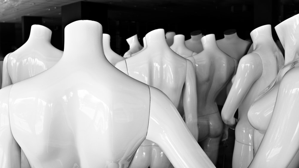 white mannequin lot