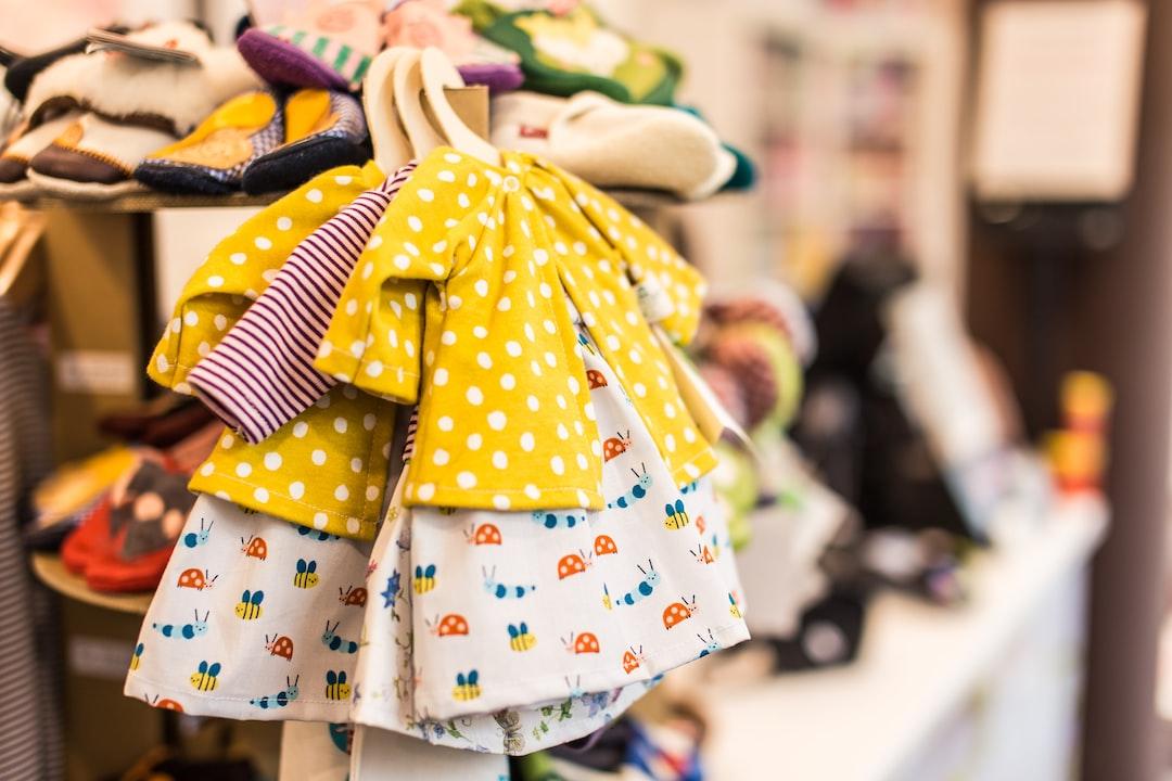 6 Brilliant Ways to Save Money on Children's Clothes