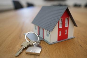 Home Ownership vs Home Rental