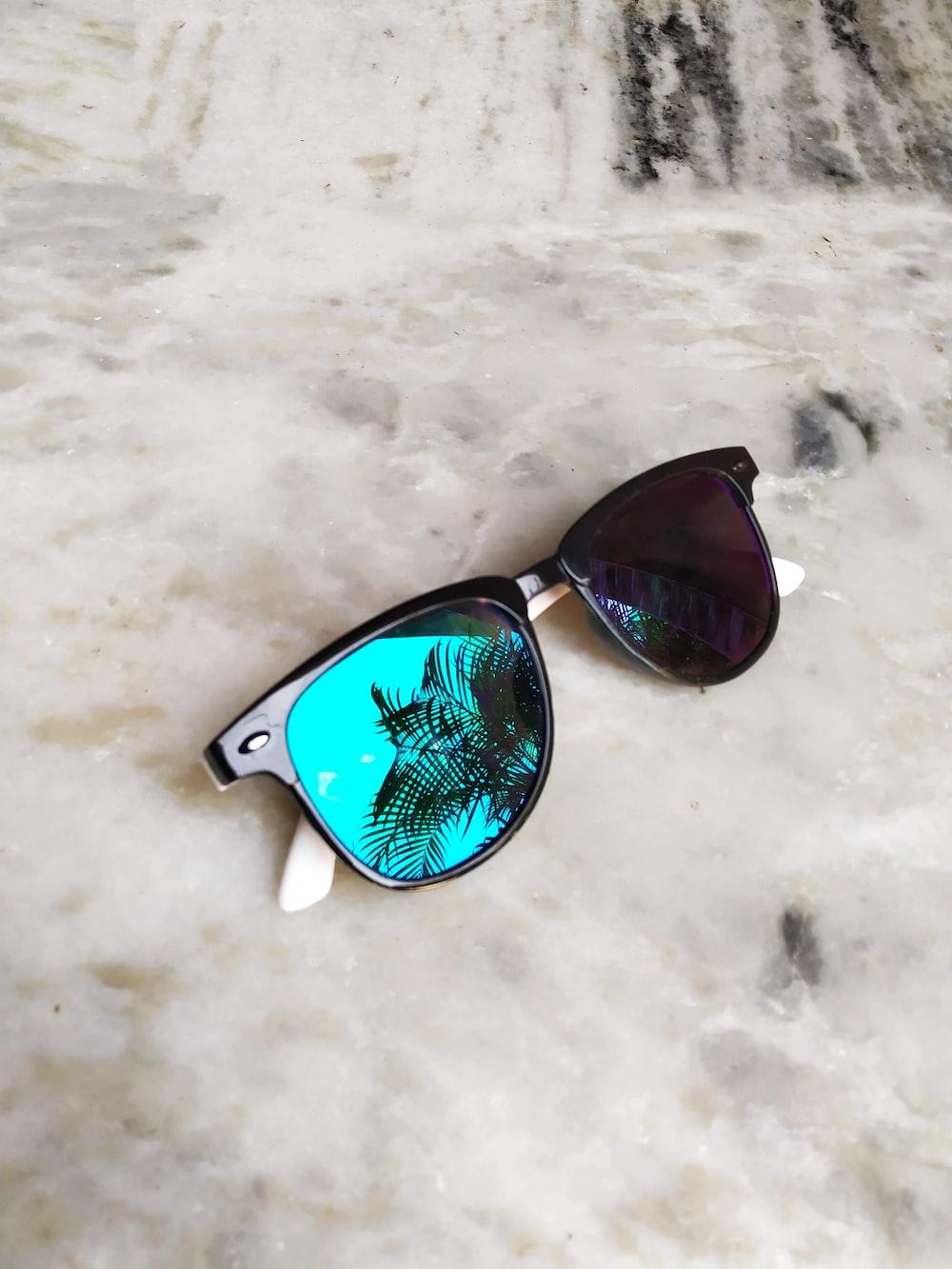 black-framed Wayfarer-styled sunglasses