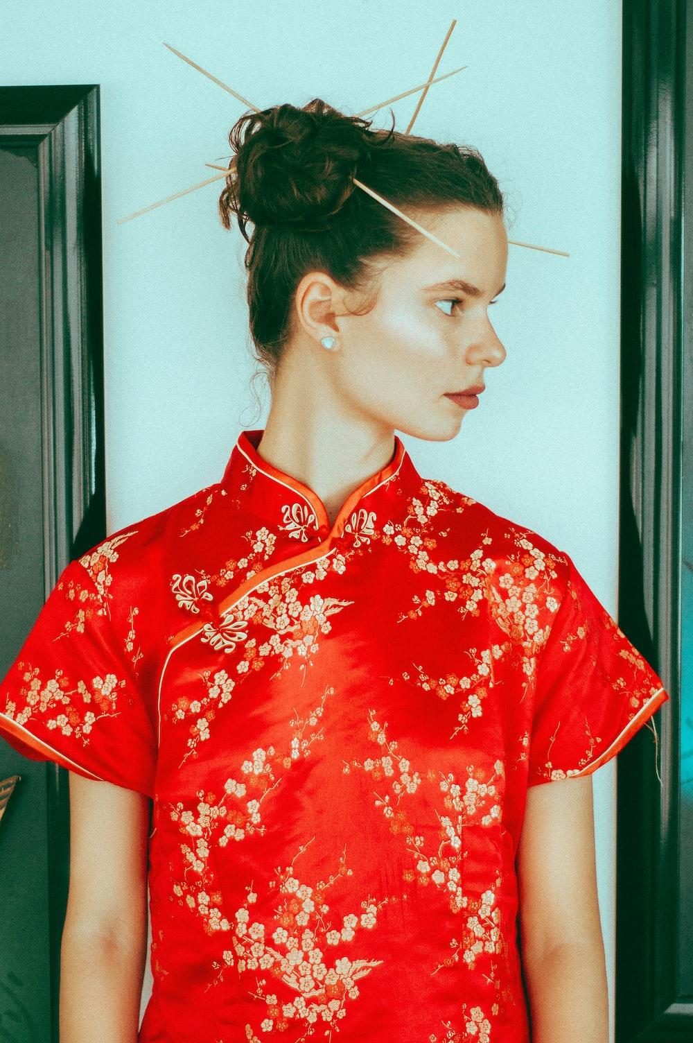 woman wearing red shirt