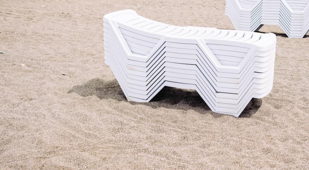white plastic lounger