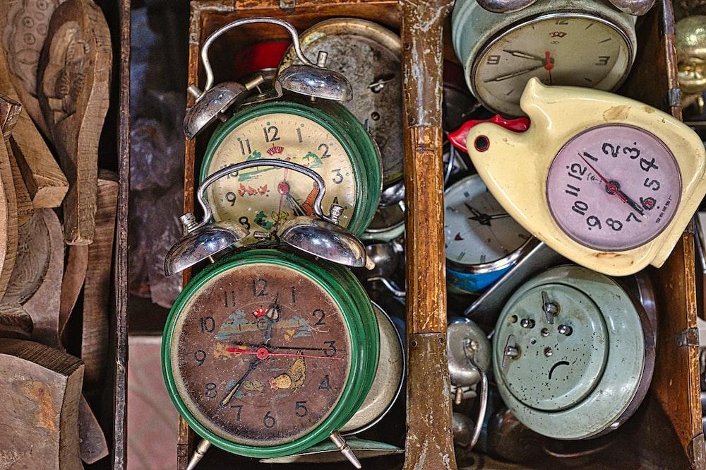 clock lot