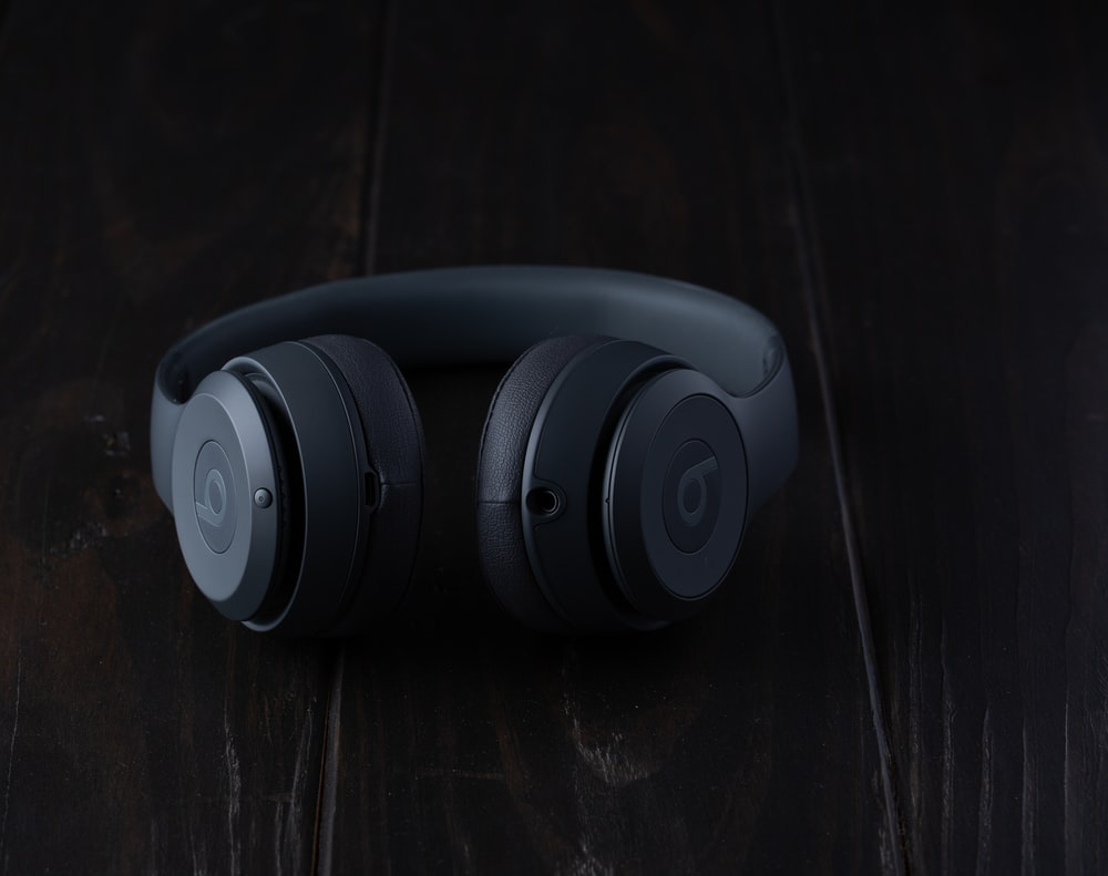 black Beats by Dr. Dre headphone