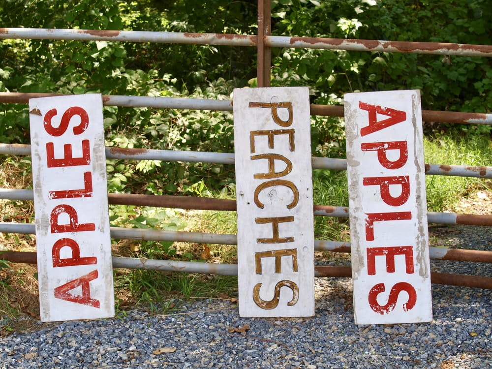 apples and peaches signages