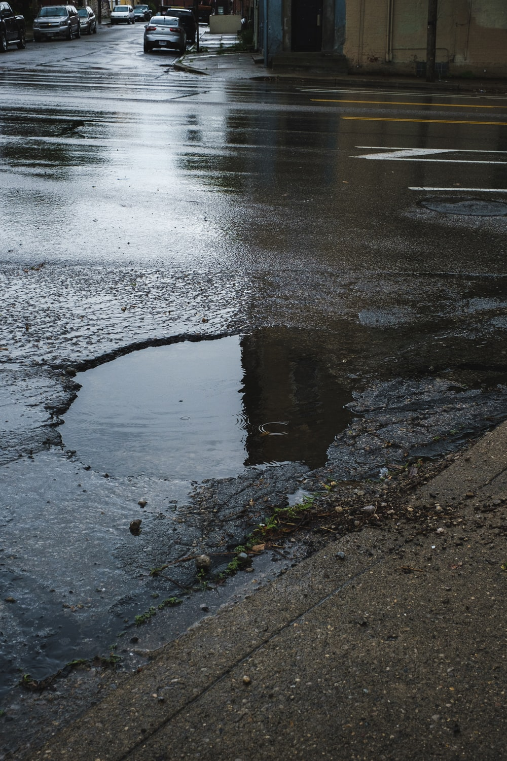 wet road close-up photography