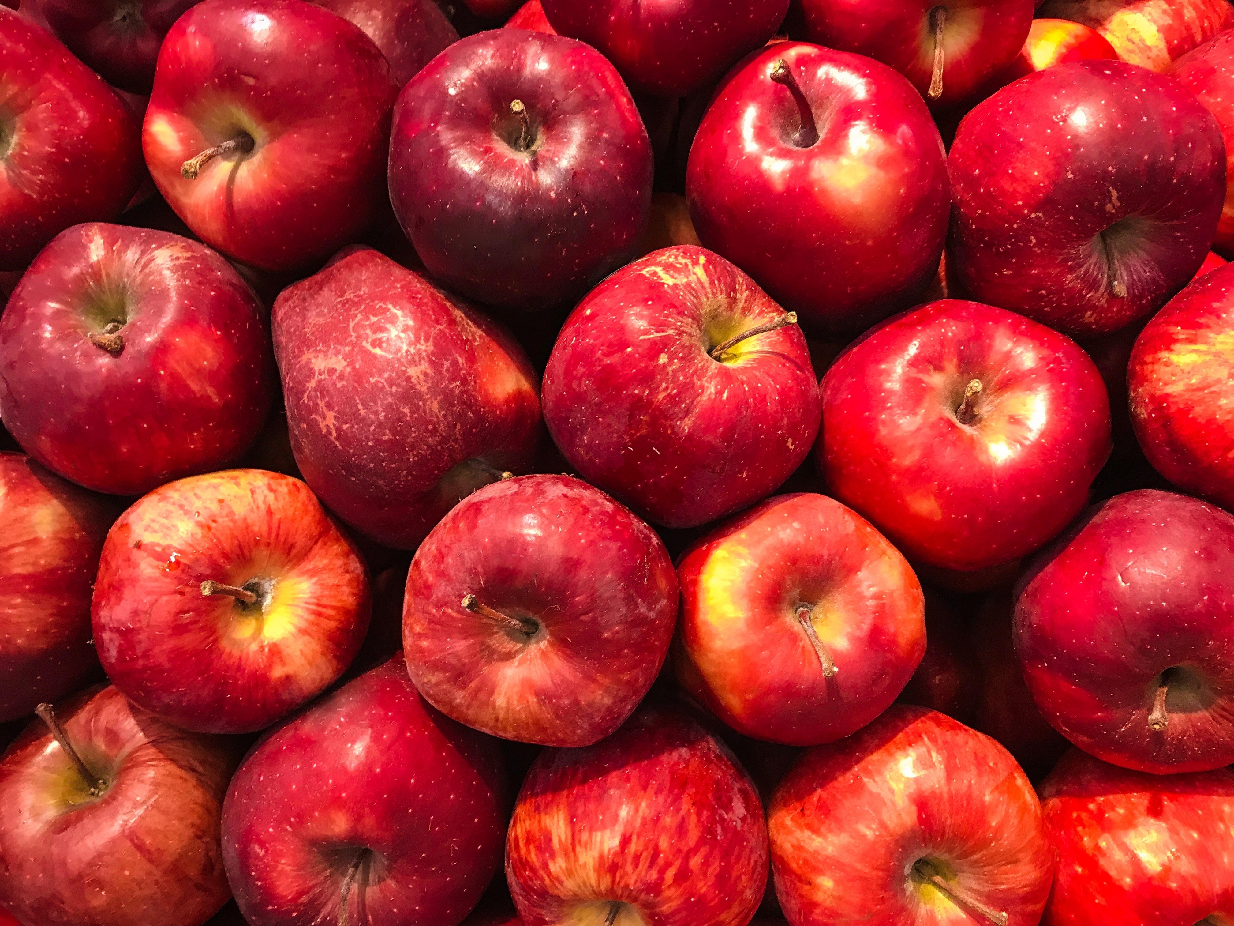แอปเปิ้ลเก็บแช่แข็งสด