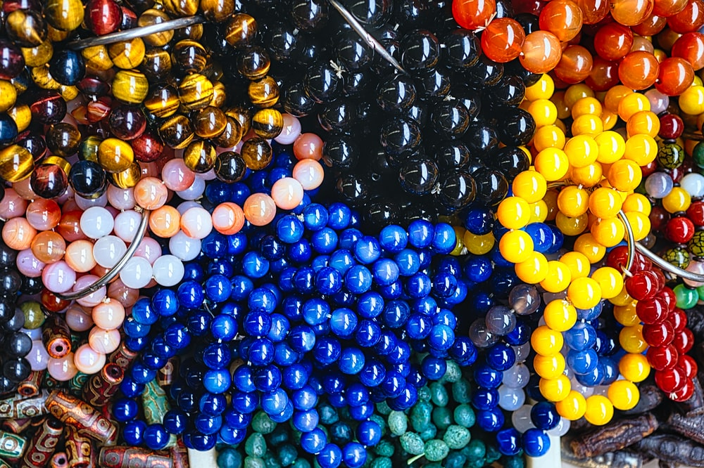 beaded assorted-color accessory lot