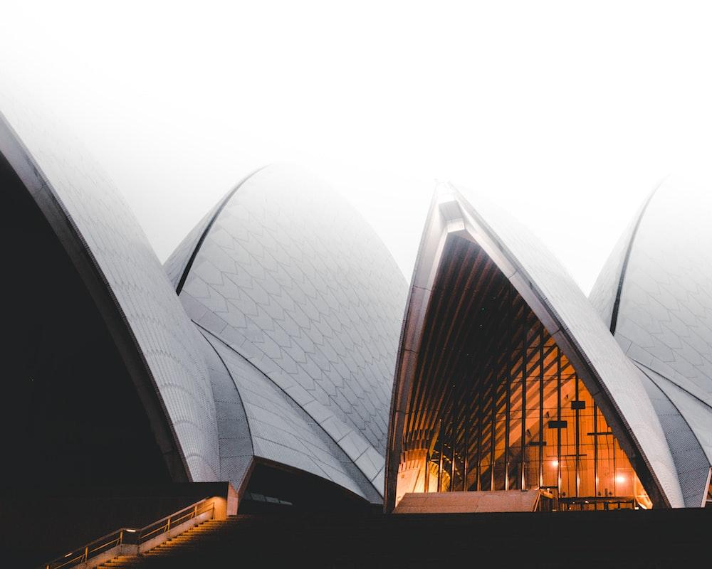 photo of Opera house during daytme