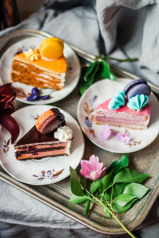dessert food in plates