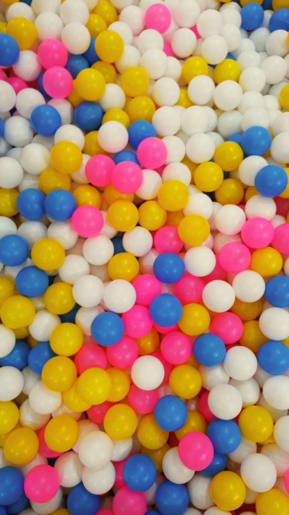 assorted colored balls lot