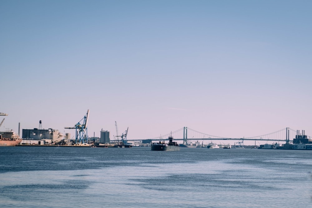 gray cable bridge
