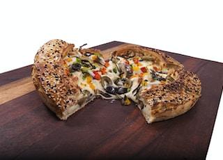 sliced of pizza platter
