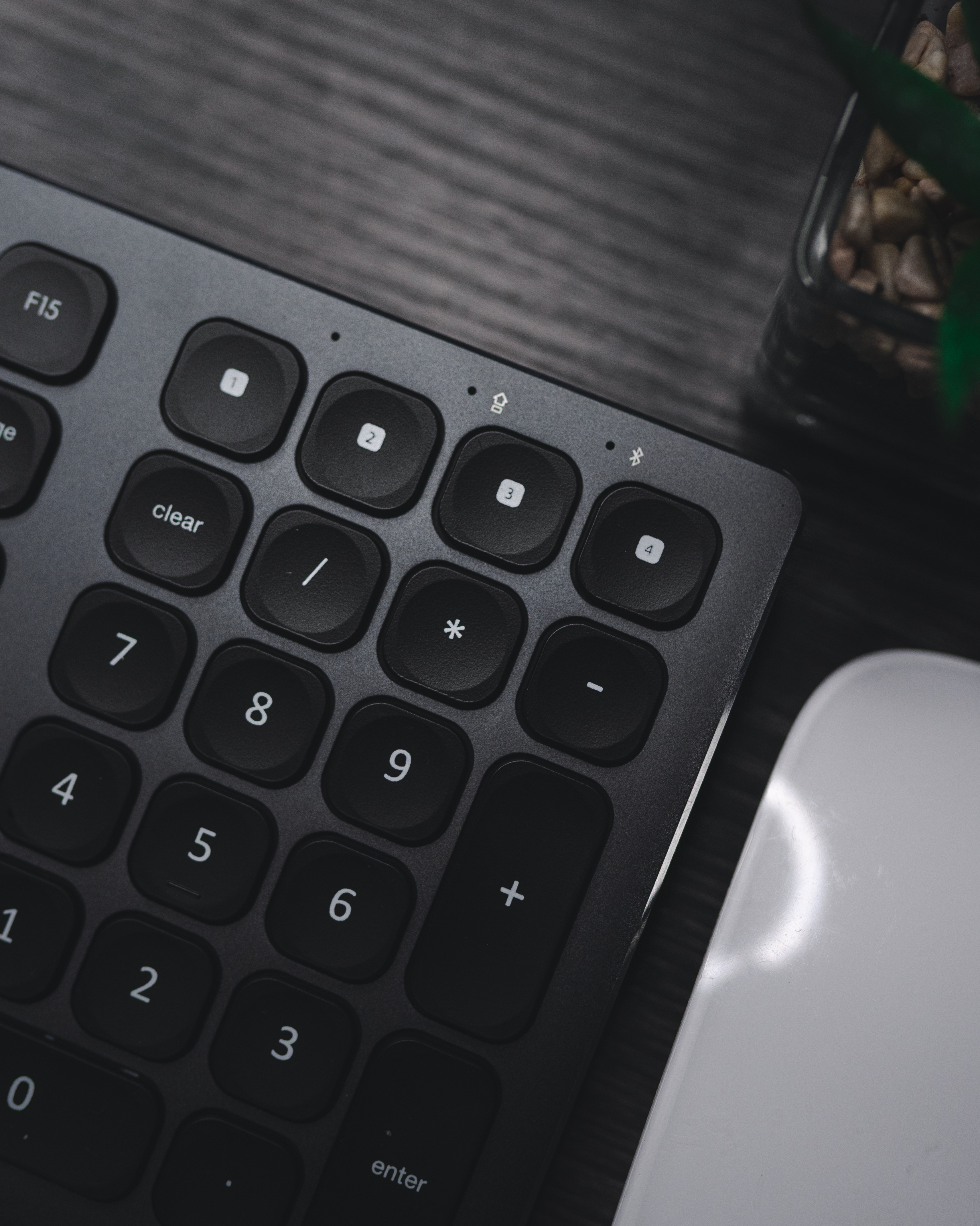 Choose from a curated selection of keyboard backgrounds. Always free on Unsplash.