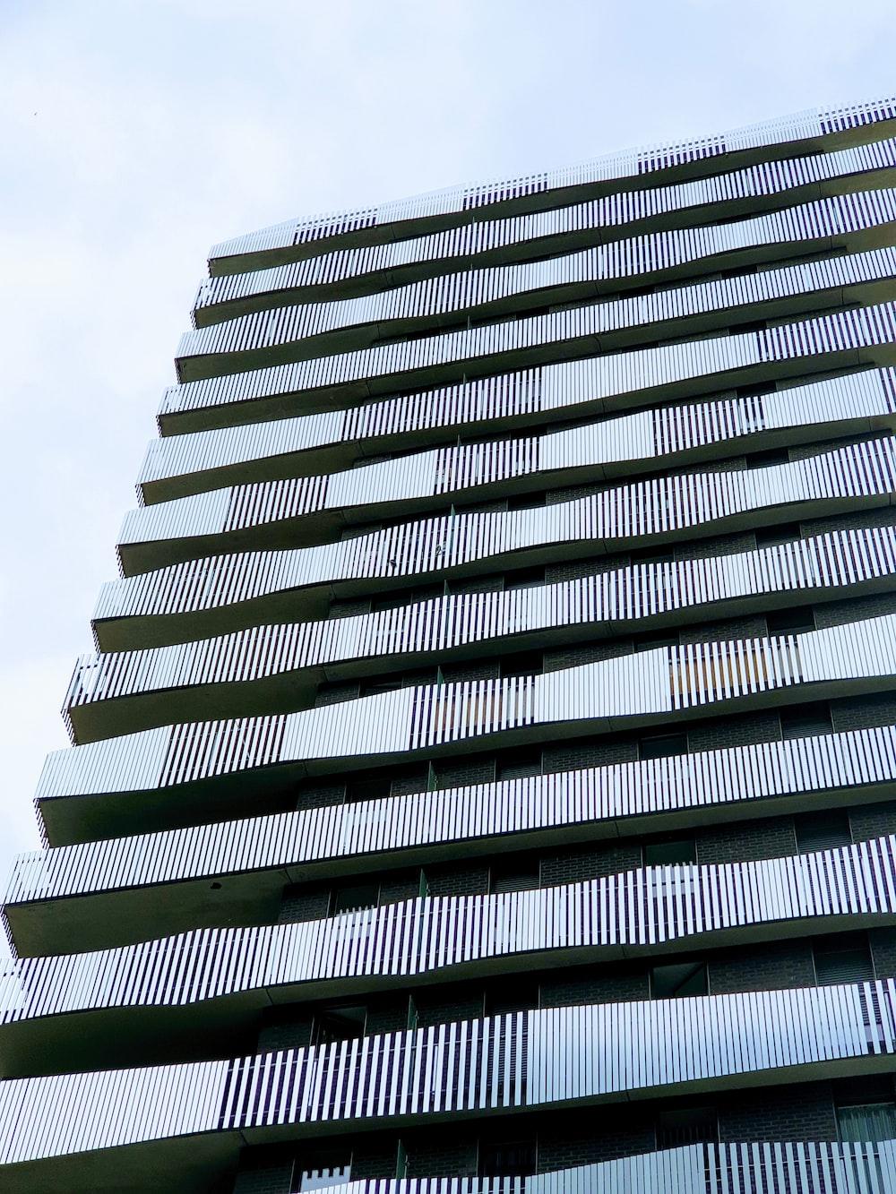gray concrete building photo