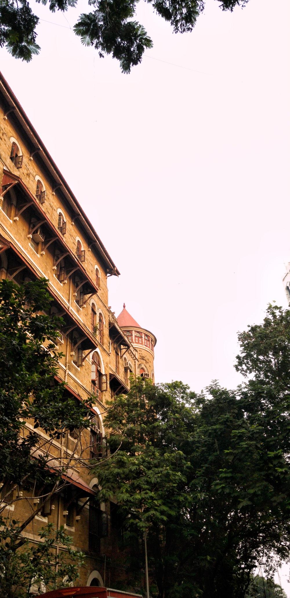 beige high-rise buidling
