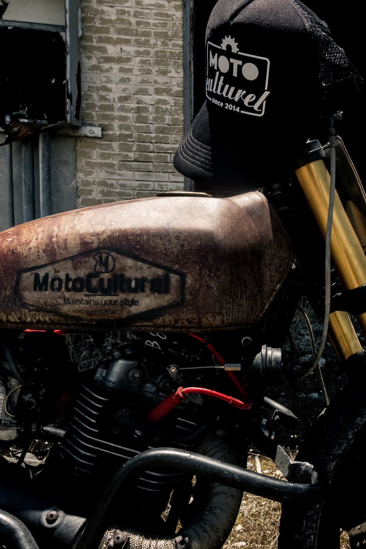 brown standard motorcycle