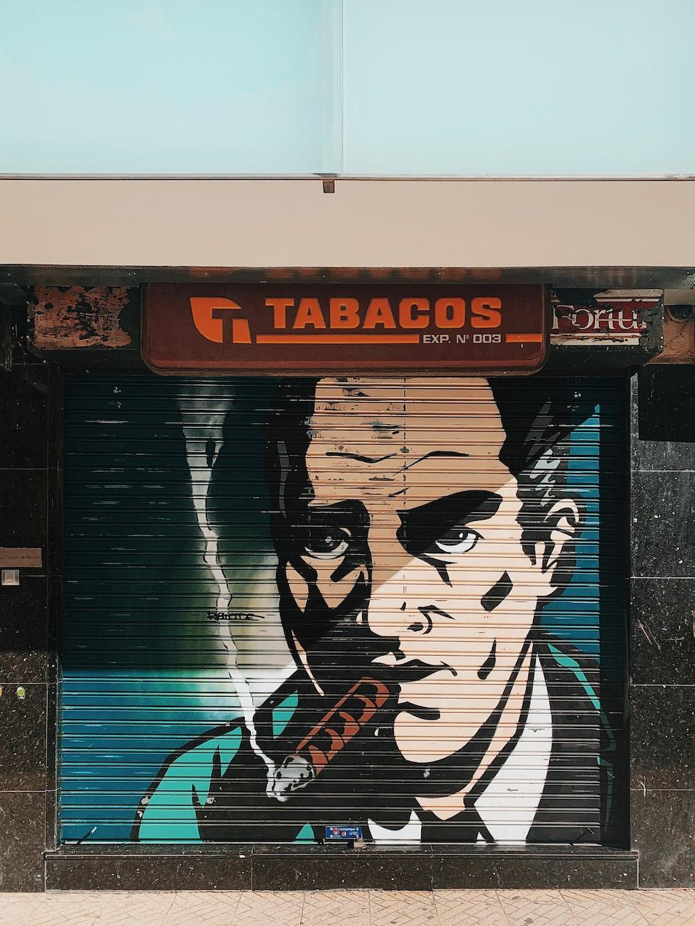 Tabacos signage