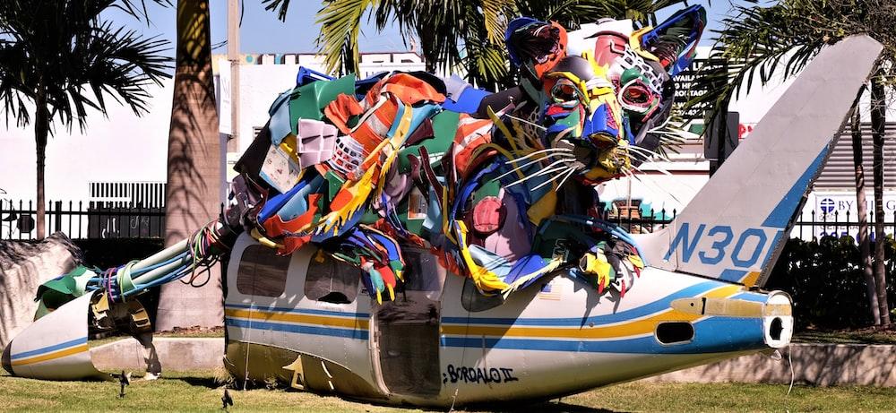 multicolored animal statue