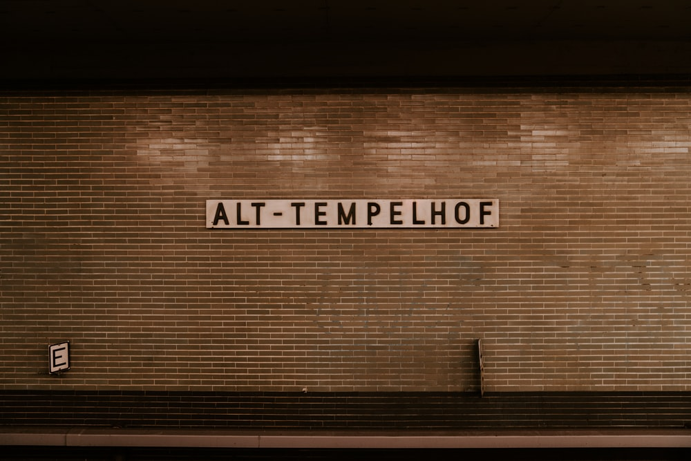 wall with Alt-Tempelhof sign