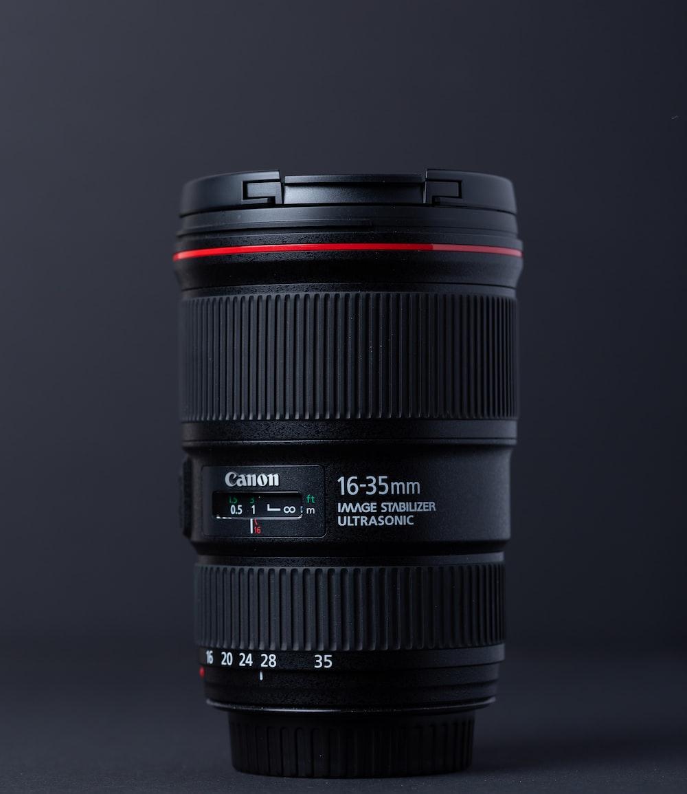 16-35 mm Canon telephoto lens