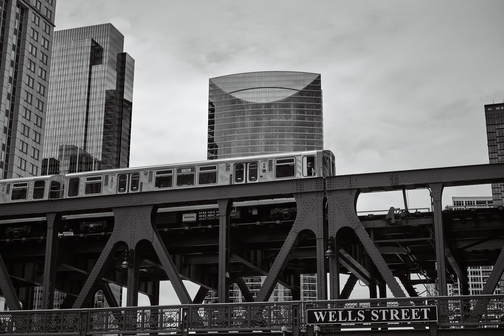 train at city