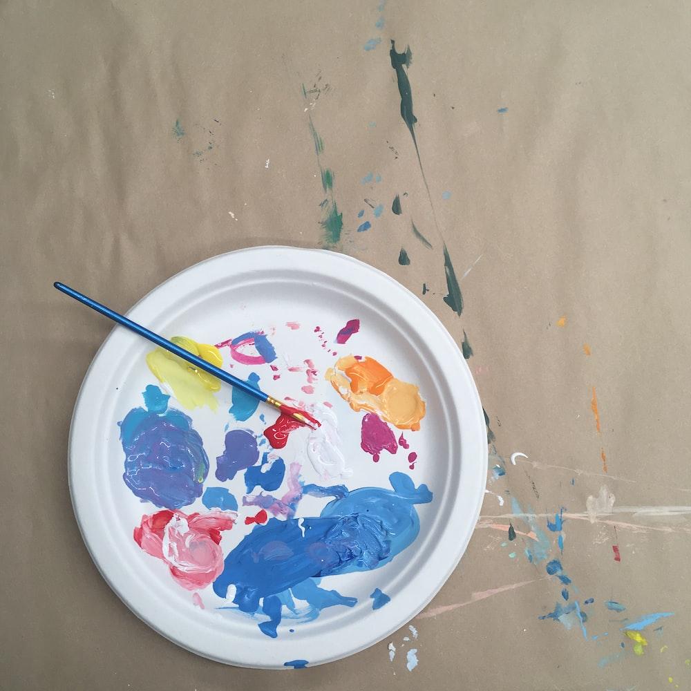 Doing Paint Brush Cleaner