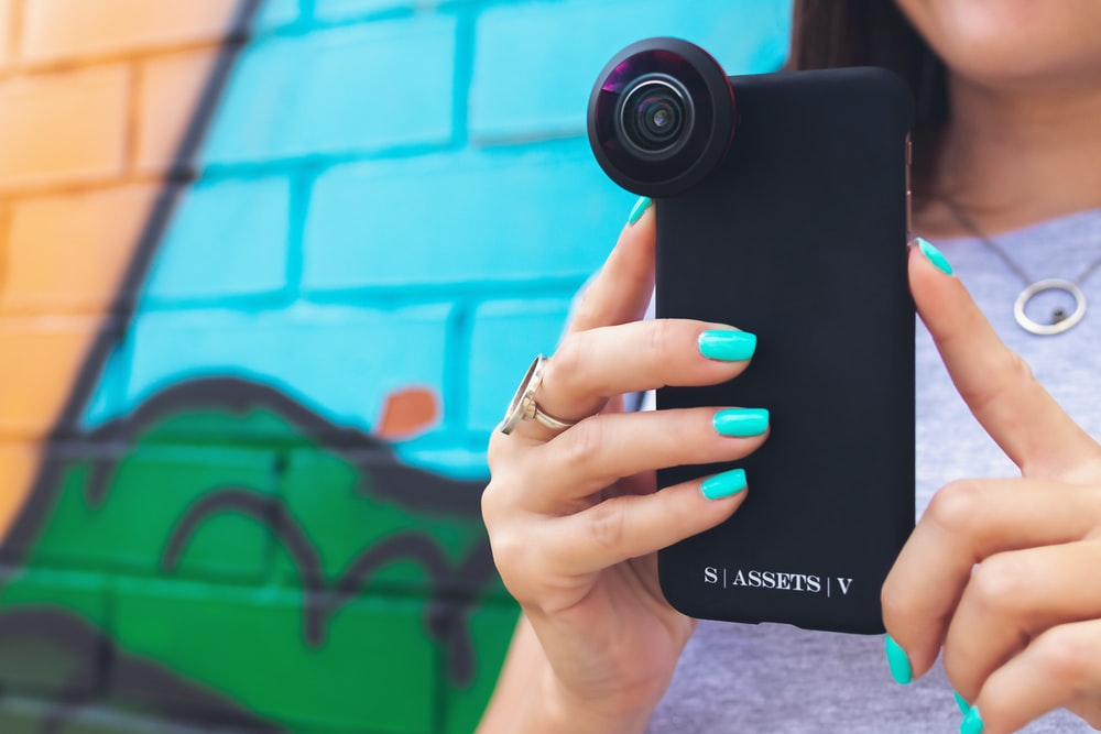 black Smartphone case with a lens