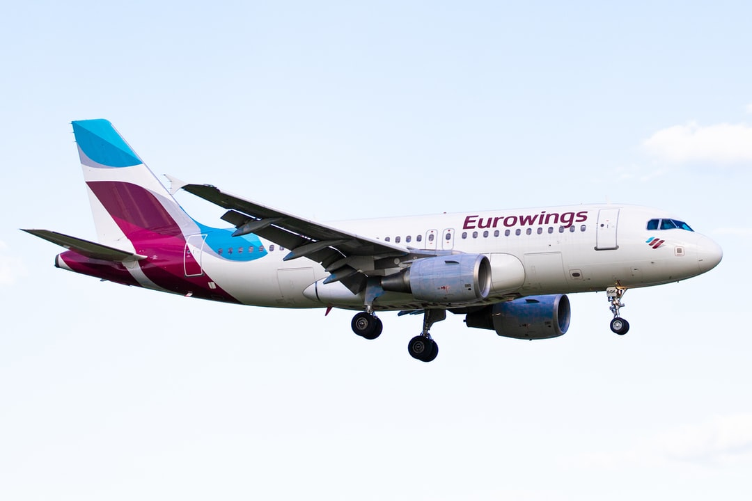 Eurowings Airbus A319 on final approach at Hamburg Airport (HAM, EDDH)