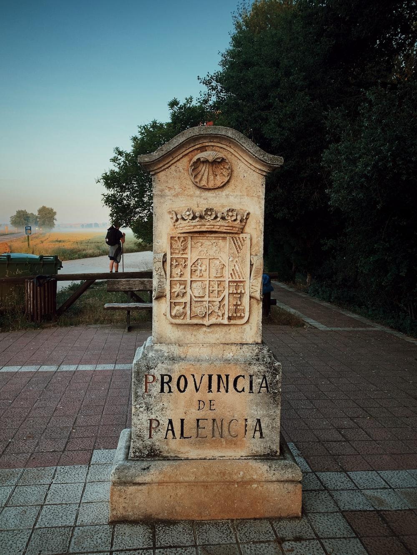 Provinia de Palencia concrete signage