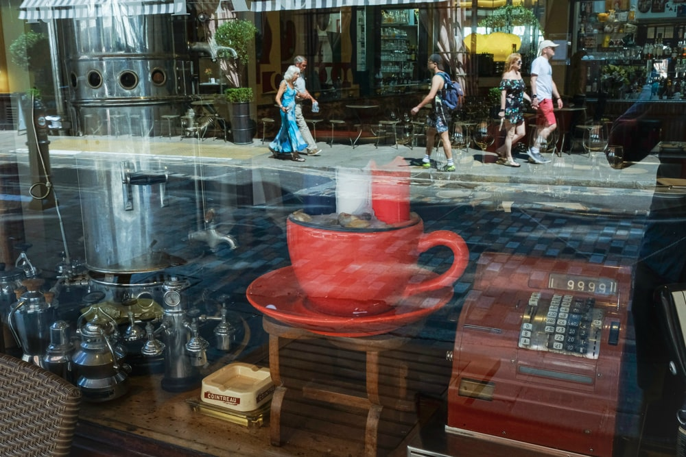 reflection of red cup