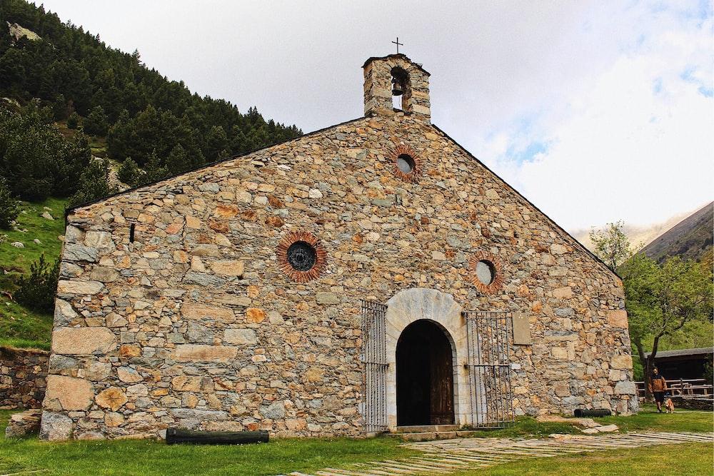 brown rock church building
