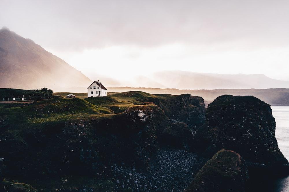 house near ridge