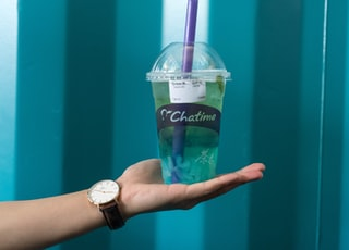 Chatime beverage with lid and straw