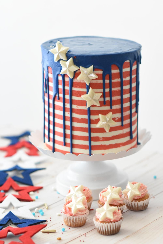 cupcakes near cake