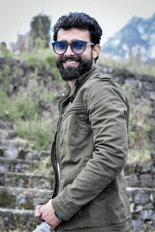 man smiling at daytime