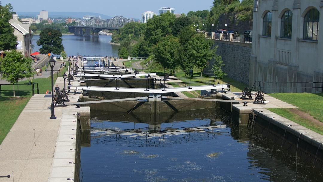 Les célèbres écluses du Canal Rideau