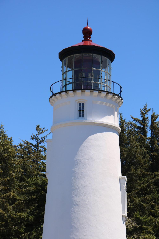 white lighthouse during dayttime
