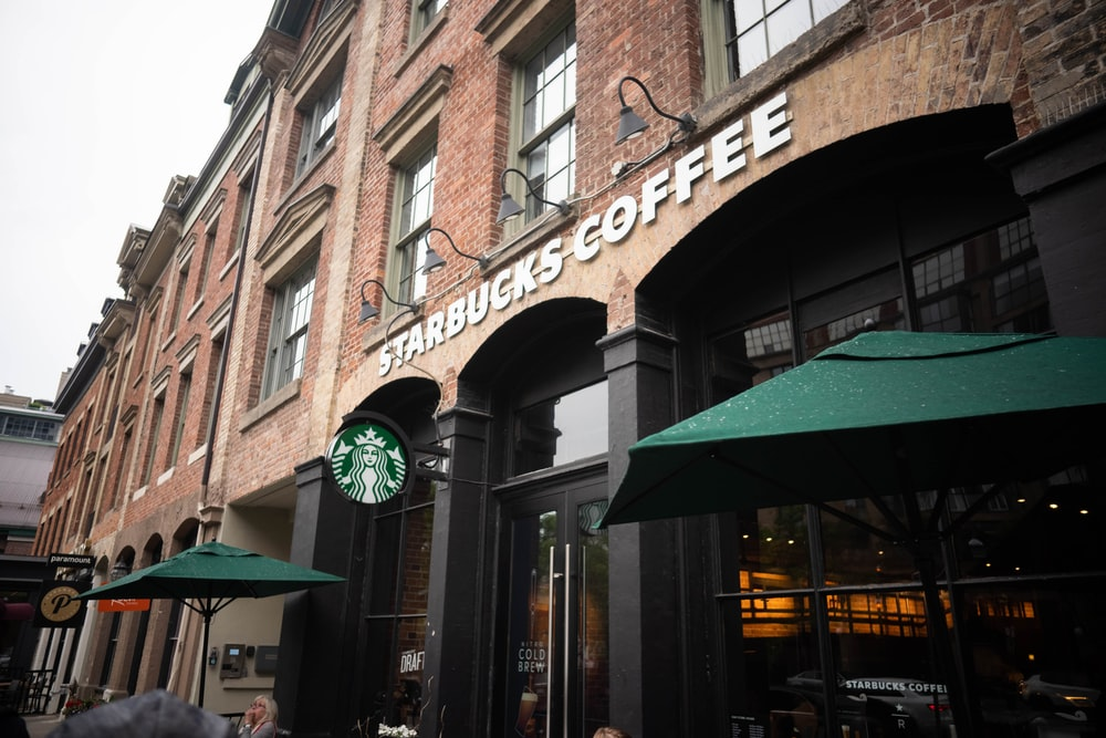 Starbucks Coffee building during daytime