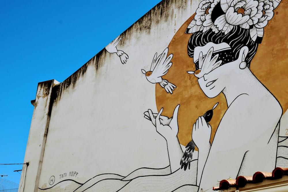 woman and bird graffiti
