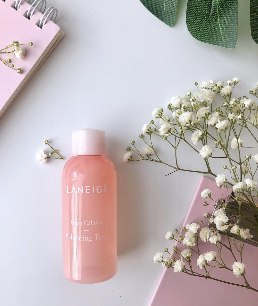 Leneige bottle