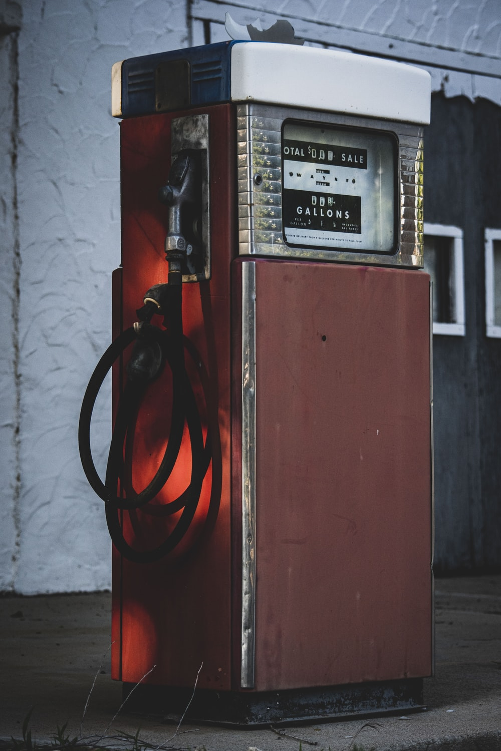 manual fuel dispenser