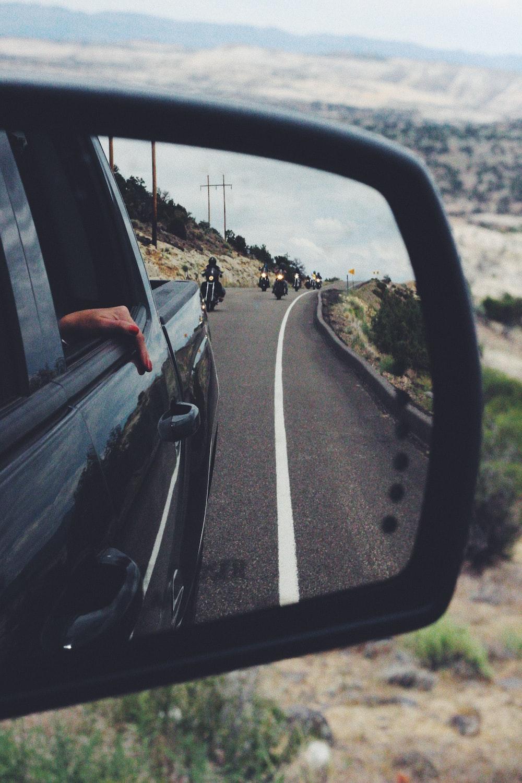 black vehicle side mirror