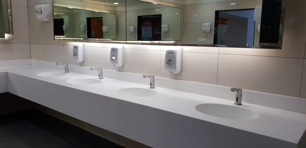 empty washroom sinks