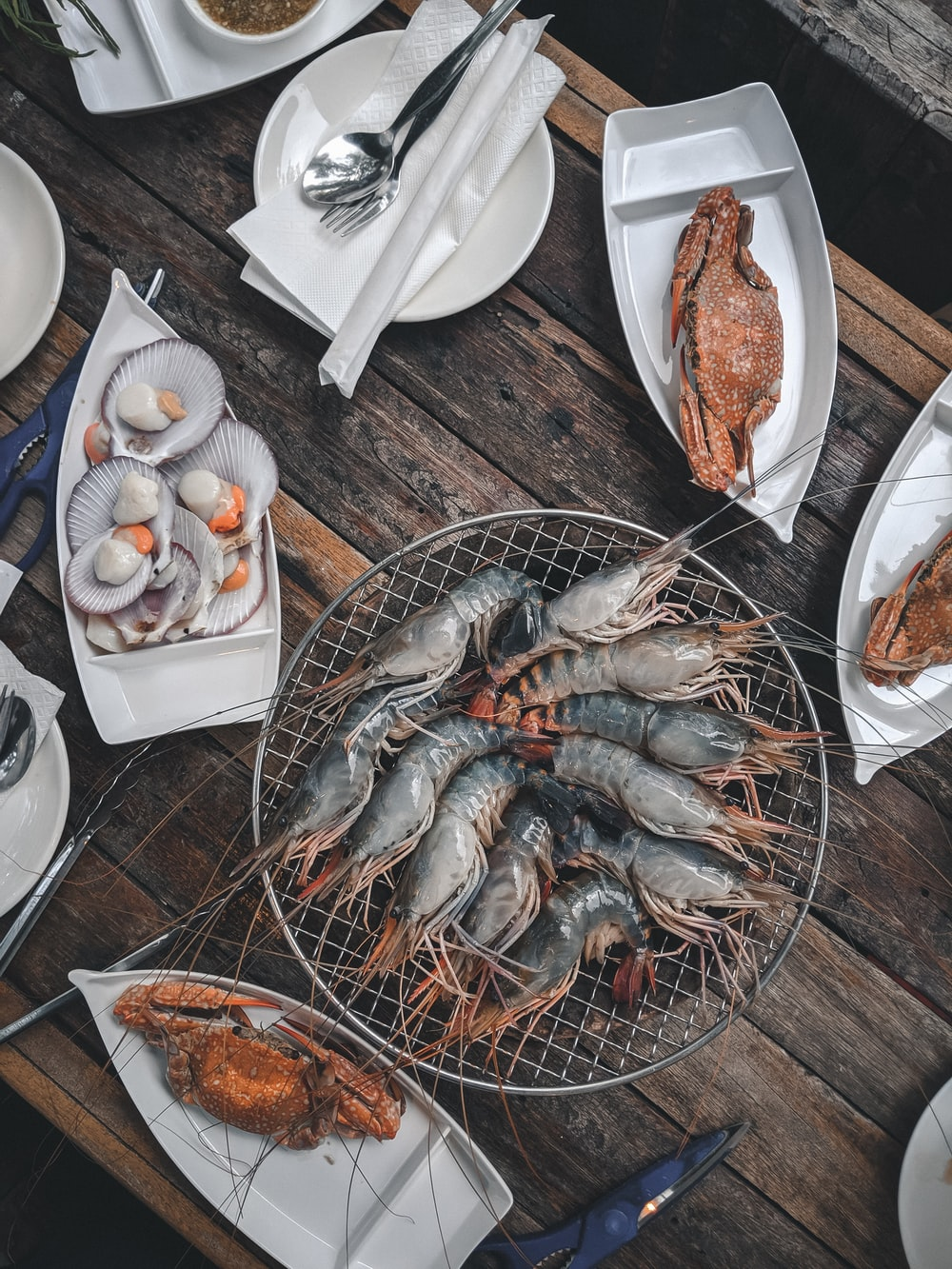 gray shrimps and crabs