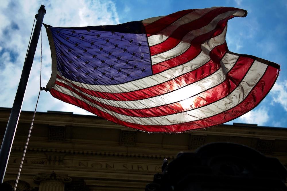 flag of USA under blue sky